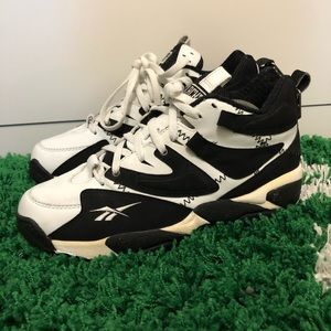 Vintage Reebok blacktop shoes